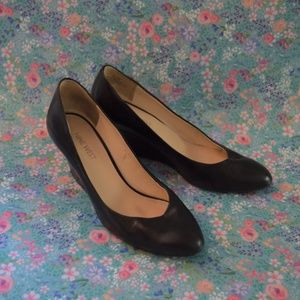Nine West Black Patent Wedge Heels Sz6